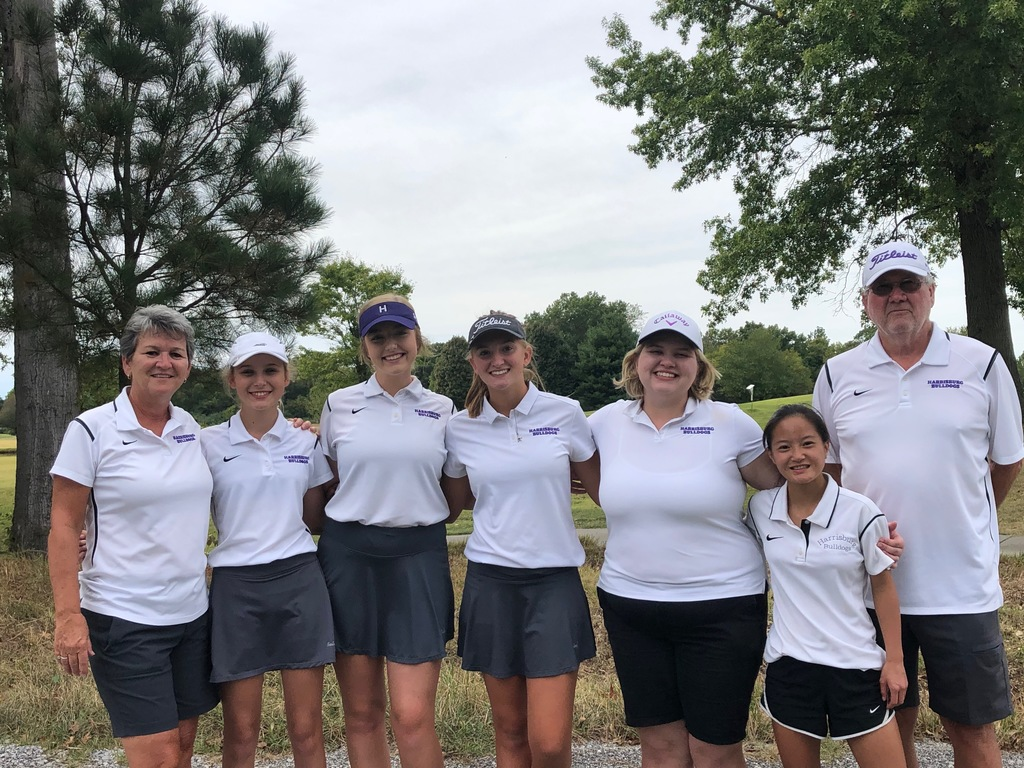 Girls golf memebers